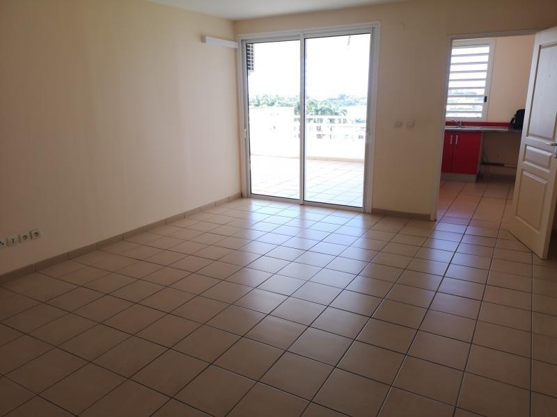 Locação apartamento Fort de france 875€ CC - Fotografia 8