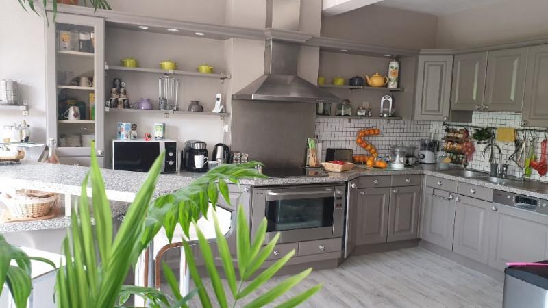 Sale house / villa Montfort-l'amaury 487000€ - Picture 8