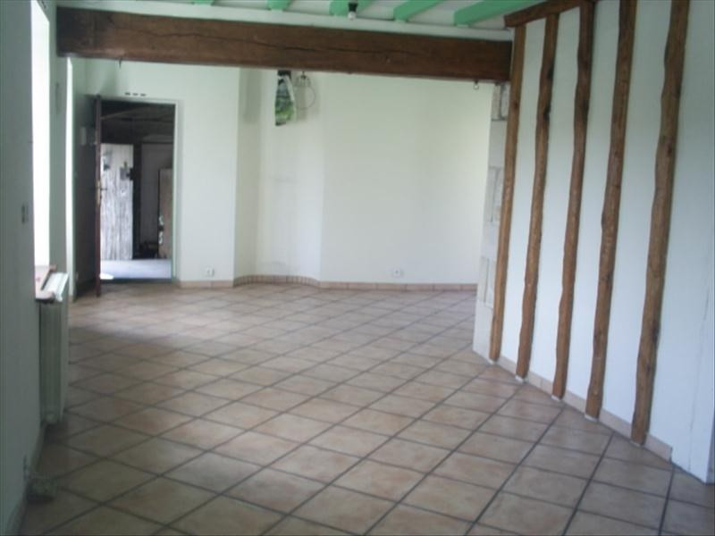 Location maison / villa Autheuil en valois 720€ CC - Photo 3