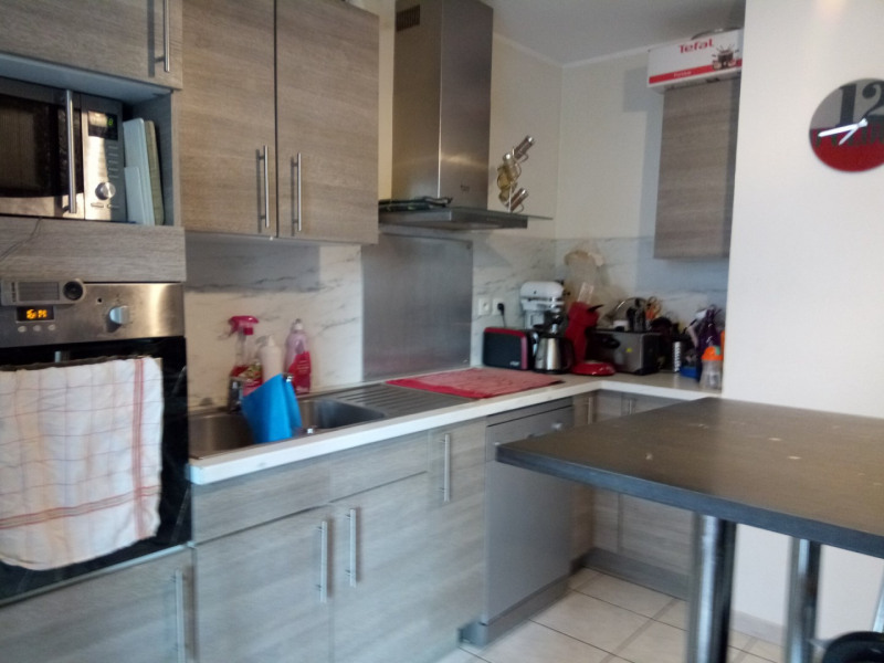 Location appartement Sathonay-camp 812€ CC - Photo 2