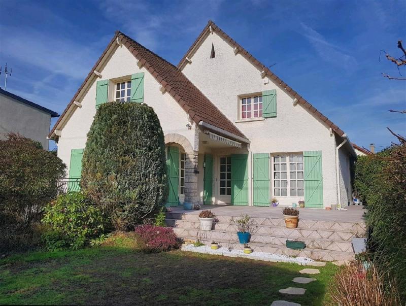 Sale house / villa Taverny 561600€ - Picture 1