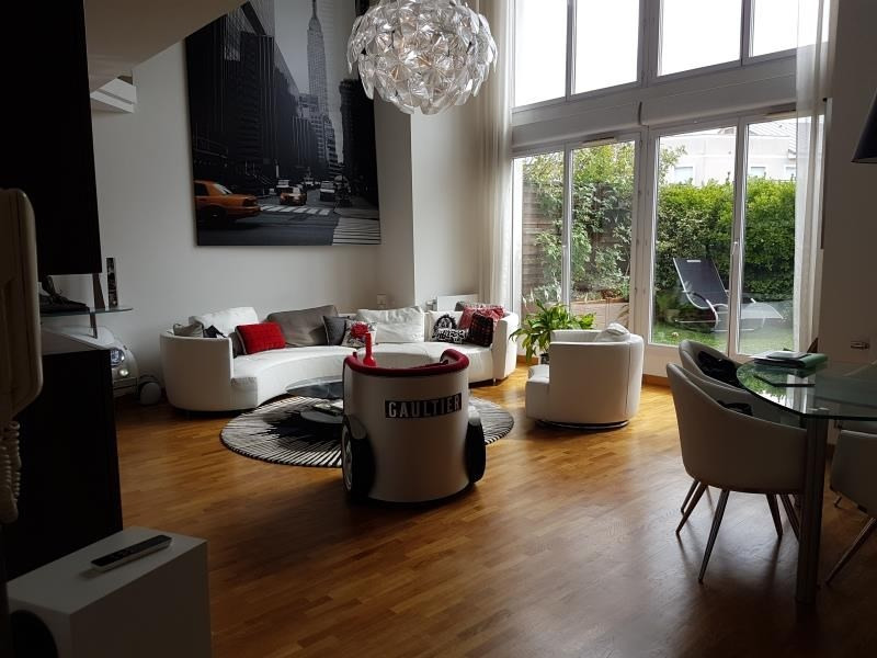 Deluxe sale apartment Courbevoie 1 190 000€ - Picture 3