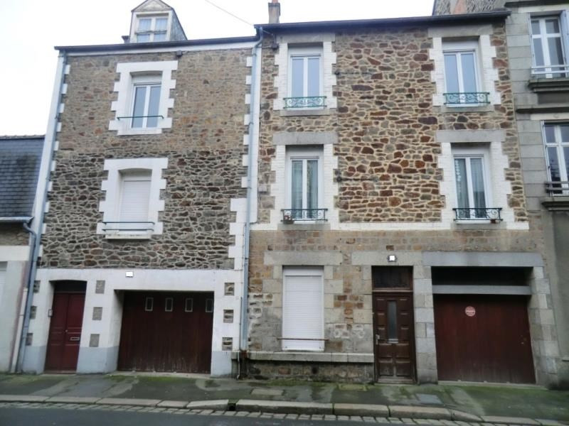 Vente immeuble Fougeres 135 200€ - Photo 1
