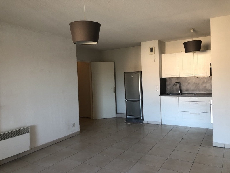 Location appartement Roquebrune-sur-argens 710€ CC - Photo 1