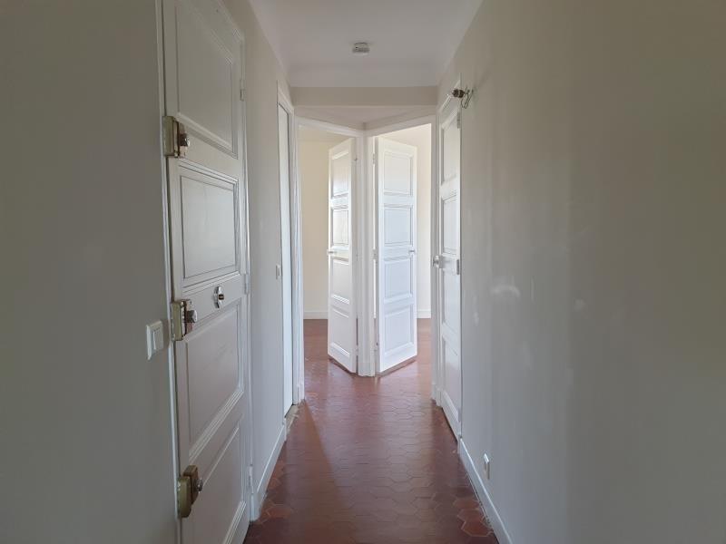 Location appartement Aix en provence 2370€ CC - Photo 8