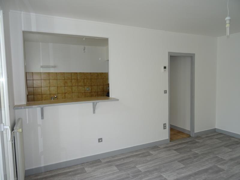 Location appartement Ste savine 590€ CC - Photo 4