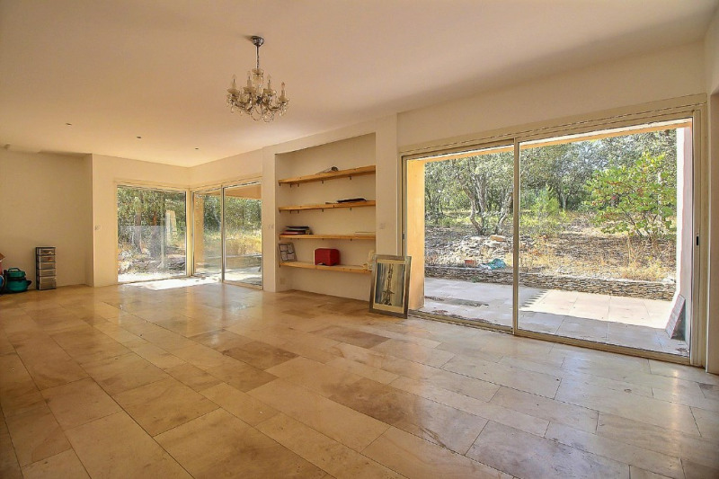 Vente maison / villa Nimes 350000€ - Photo 2