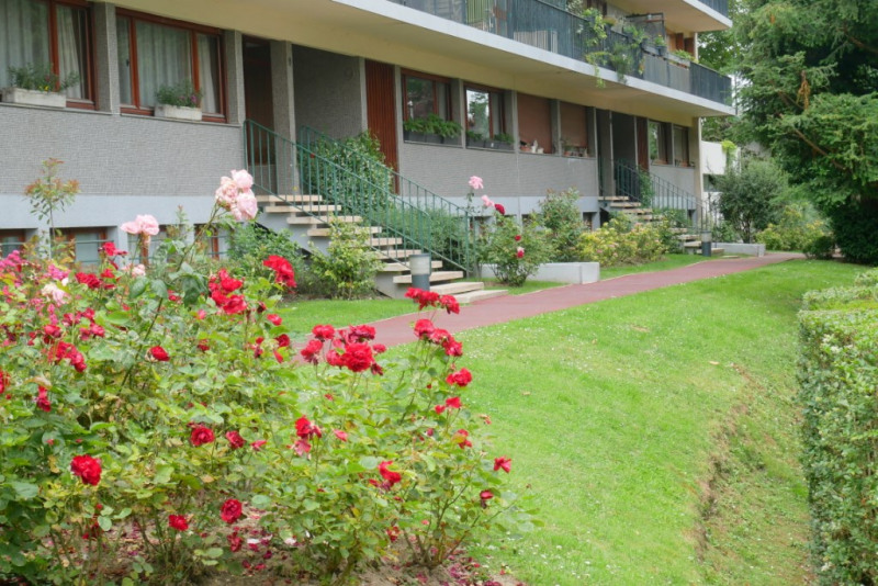 Deluxe sale apartment Bougival 285000€ - Picture 11