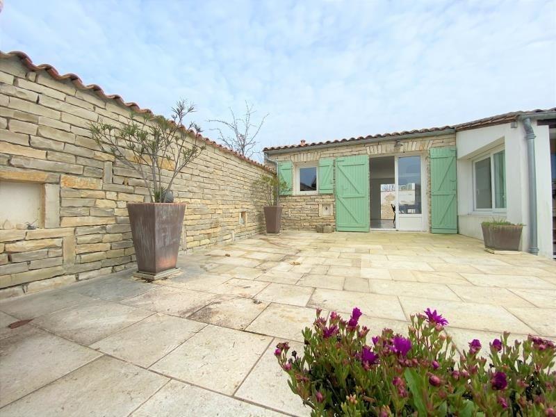 Vente de prestige maison / villa La flotte 735000€ - Photo 1