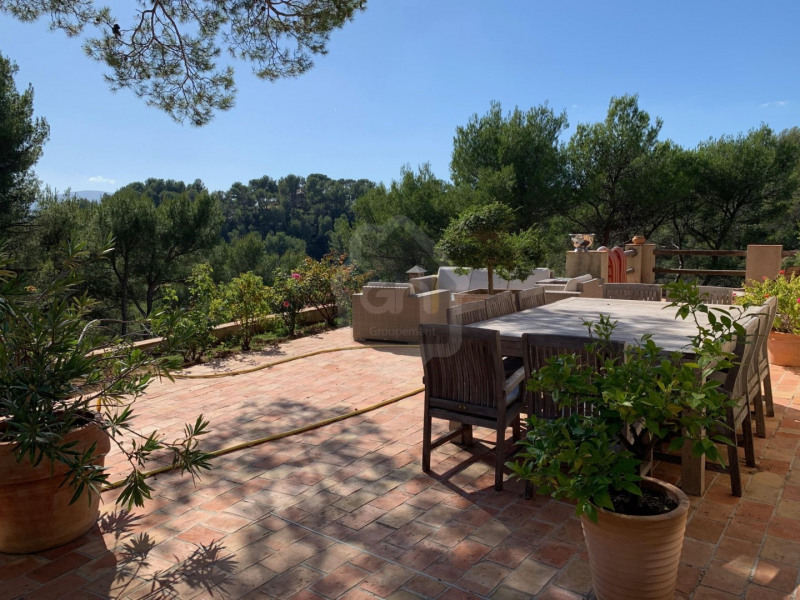 Vente de prestige maison / villa Marseille 11ème 1200000€ - Photo 18