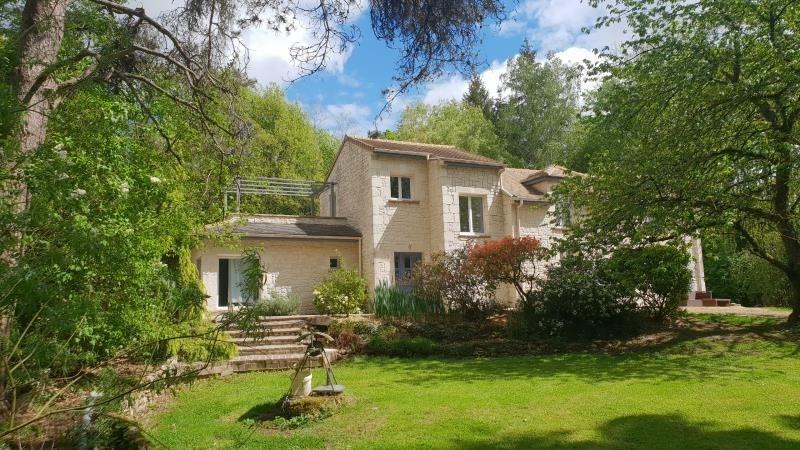 Sale house / villa Chevru 385000€ - Picture 1