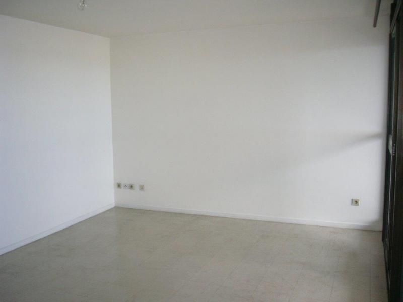 Sale apartment St denis 50140€ - Picture 5