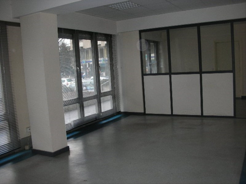 Rental office Le puy en velay 552€ HC - Picture 4