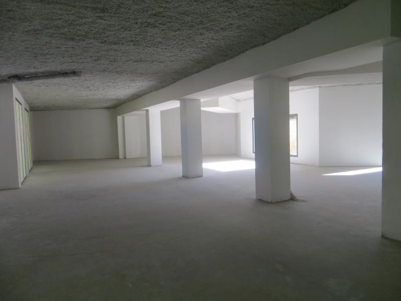 Location boutique Clermont ferrand 2 484€ HC - Photo 2