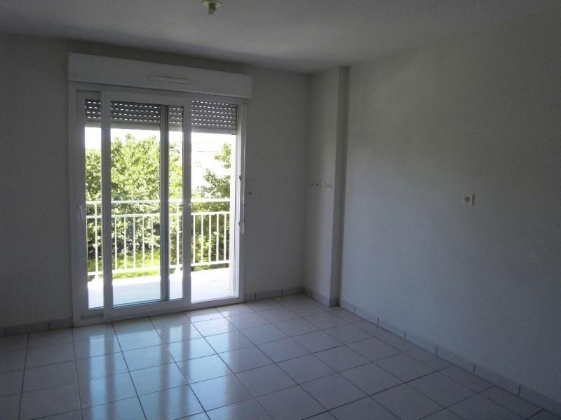 Location appartement Cognac 404€ CC - Photo 2