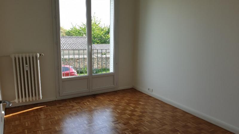 Rental apartment Montfort l amaury 1280€ CC - Picture 8
