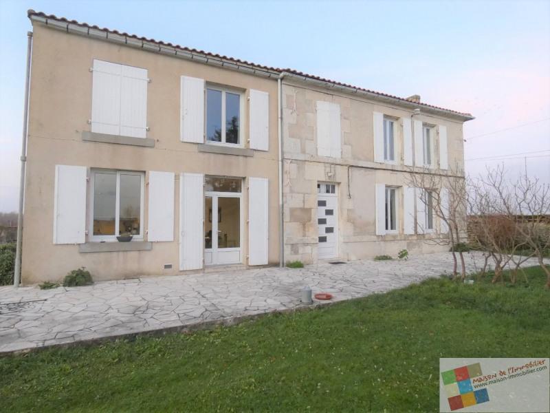 Sale house / villa Saint fort sur le ne 288900€ - Picture 1