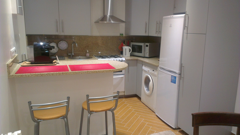 Rental apartment Paris 17ème 1950€ CC - Picture 5