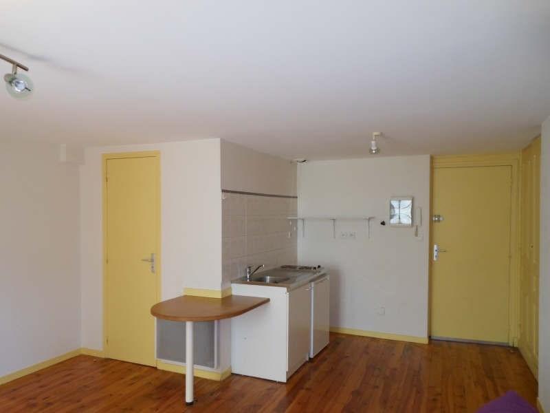 Location appartement Le puy en velay 263,79€ CC - Photo 1