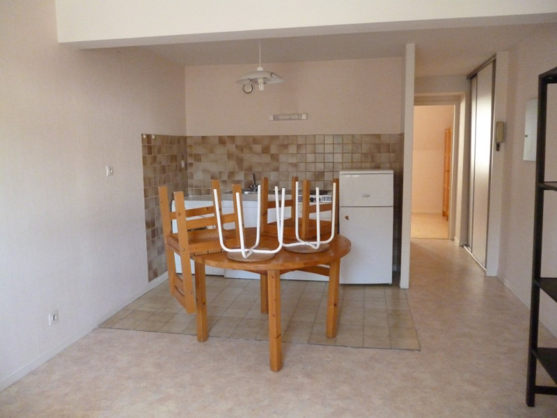 Location appartement Tarbes 390€ CC - Photo 2