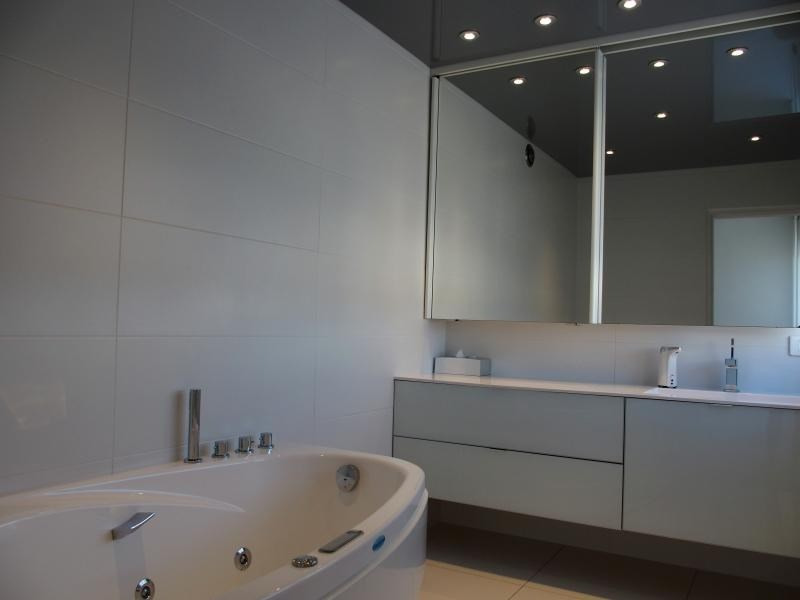 Deluxe sale apartment Annemasse 450000€ - Picture 8