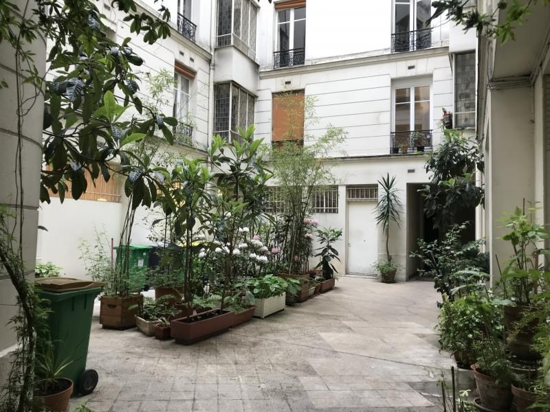 Sale apartment Paris 10ème 895 500€ - Picture 6