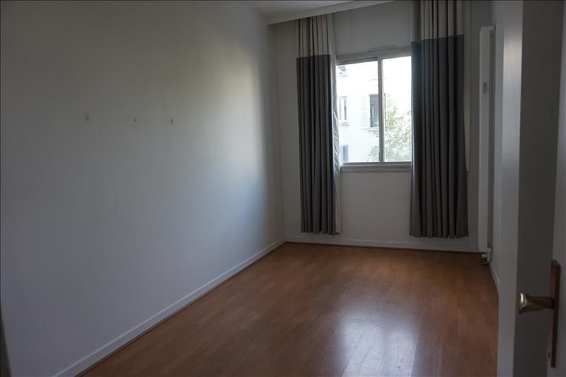Rental apartment Levallois perret 1 920€ CC - Picture 5