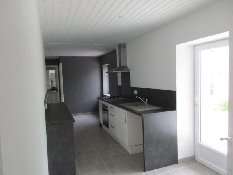 Rental house / villa Bouaye 935€ CC - Picture 5