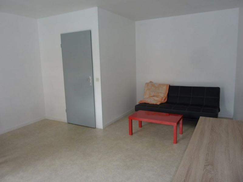 Sale apartment Lisieux 63 000€ - Picture 3