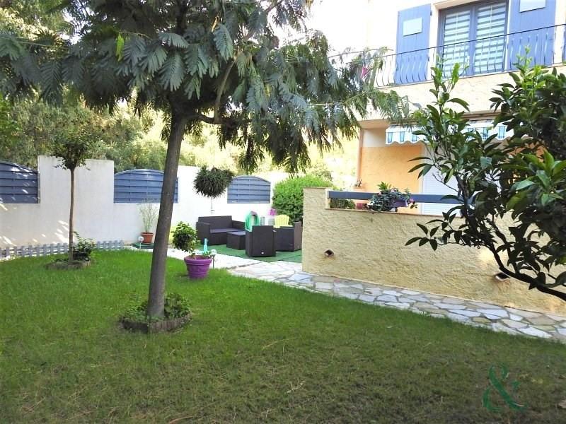 Appartement en rez-de-jardin entièrement rénové proche du pi