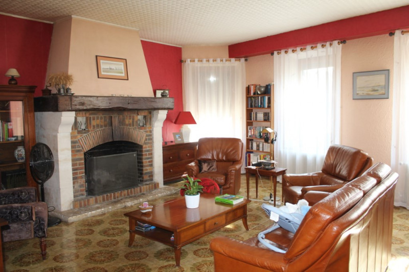 Verkoop  huis Nogent le roi 304500€ - Foto 2