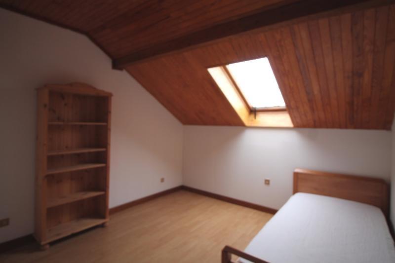 Vente maison / villa Les abrets 255000€ - Photo 7
