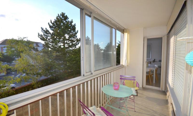 Sale apartment Plaisir 205000€ - Picture 1