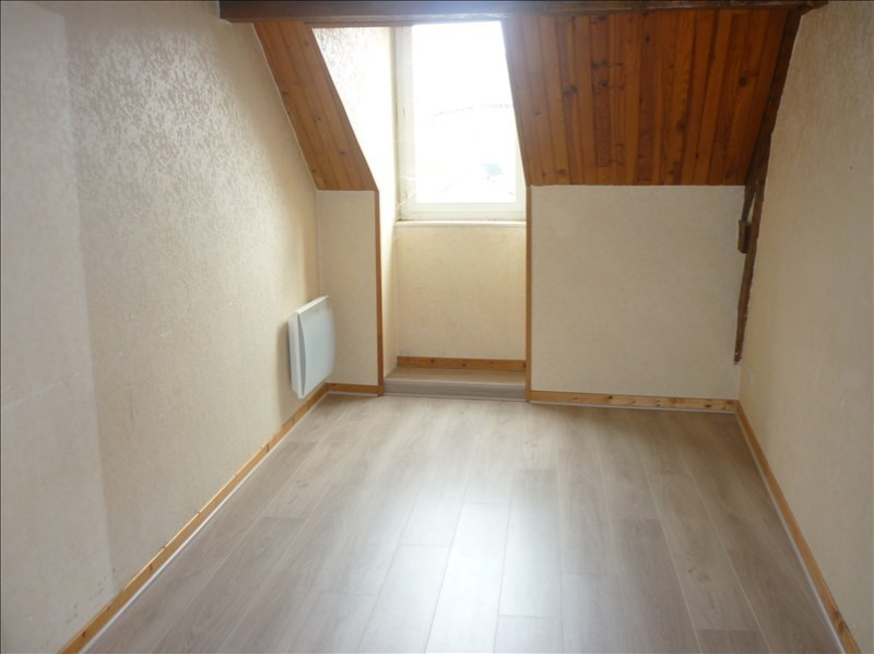 Rental apartment Janze 290€ CC - Picture 1
