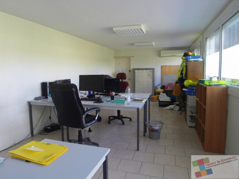 Rental office Cognac 1 340€ CC - Picture 3