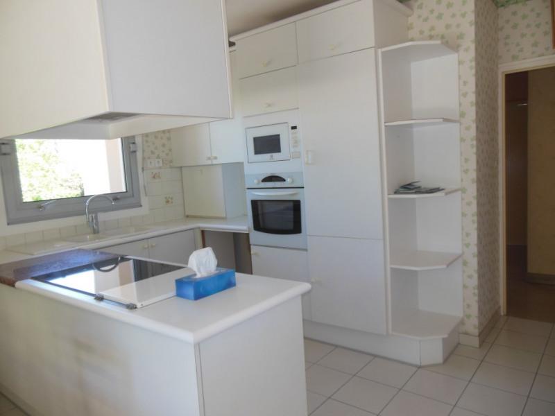 Sale house / villa Saint symphorien 259900€ - Picture 6
