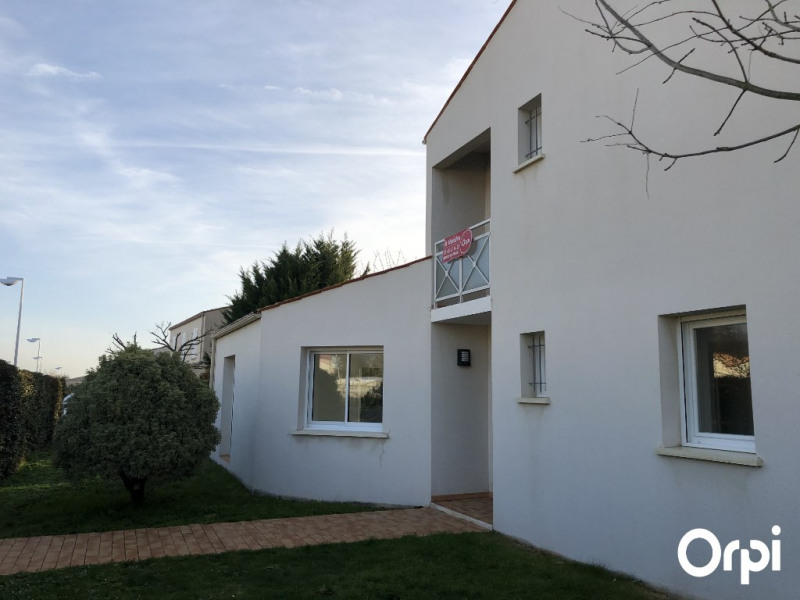 Vente de prestige maison / villa Lagord 556500€ - Photo 3