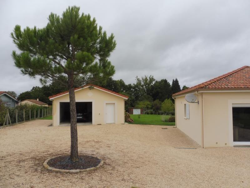 Sale house / villa Pierre buffiere 193700€ - Picture 3