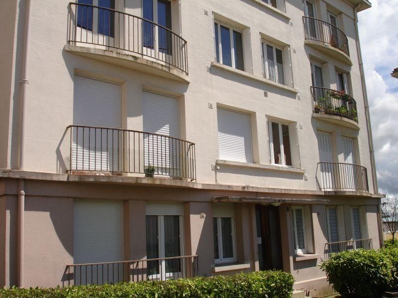 Rental apartment Saint quentin 425€ CC - Picture 1