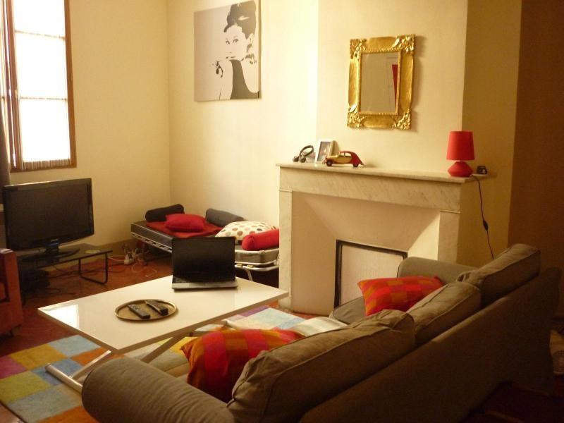 Verhuren  appartement Aix en provence 745€ CC - Foto 1
