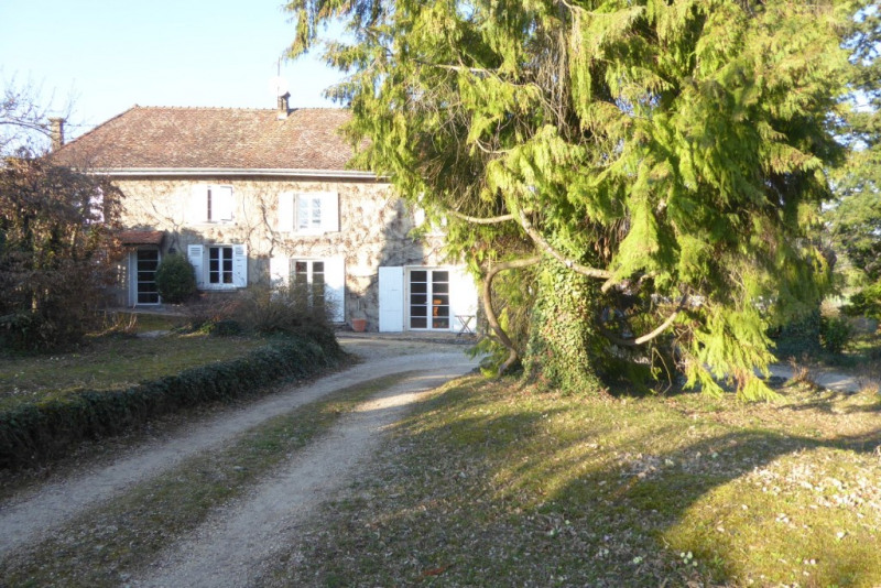 Vente maison / villa Bourgoin-jallieu 329 000€ - Photo 1