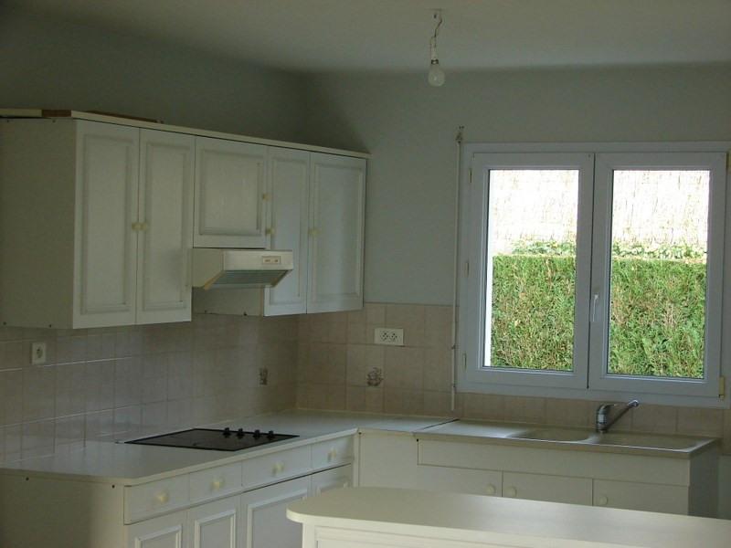 Sale house / villa La roche sur yon 230500€ - Picture 2