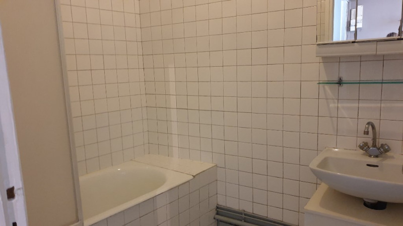 Rental apartment Montfort l amaury 590€ CC - Picture 4