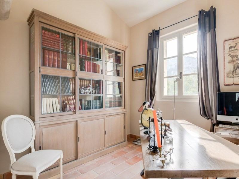 Deluxe sale house / villa Les baux-de-provence 2438000€ - Picture 9