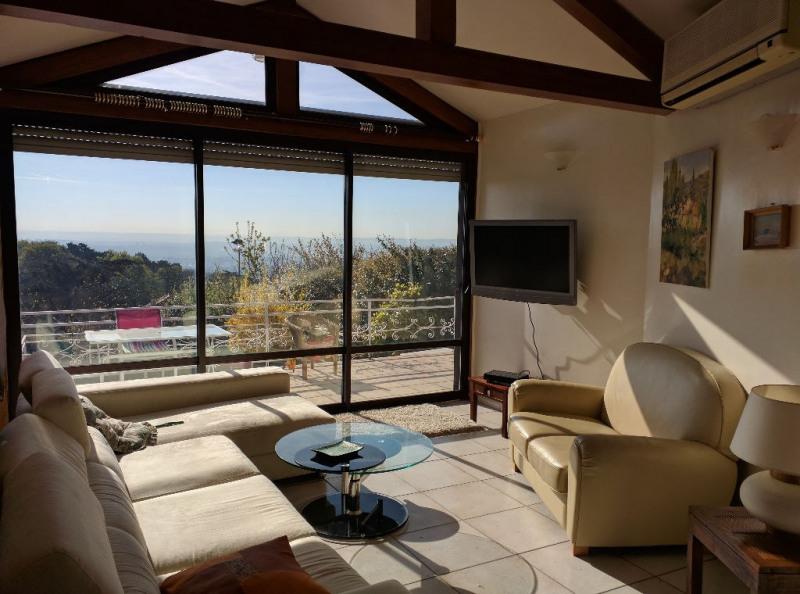 Deluxe sale house / villa Sainte foy les lyon 630000€ - Picture 3