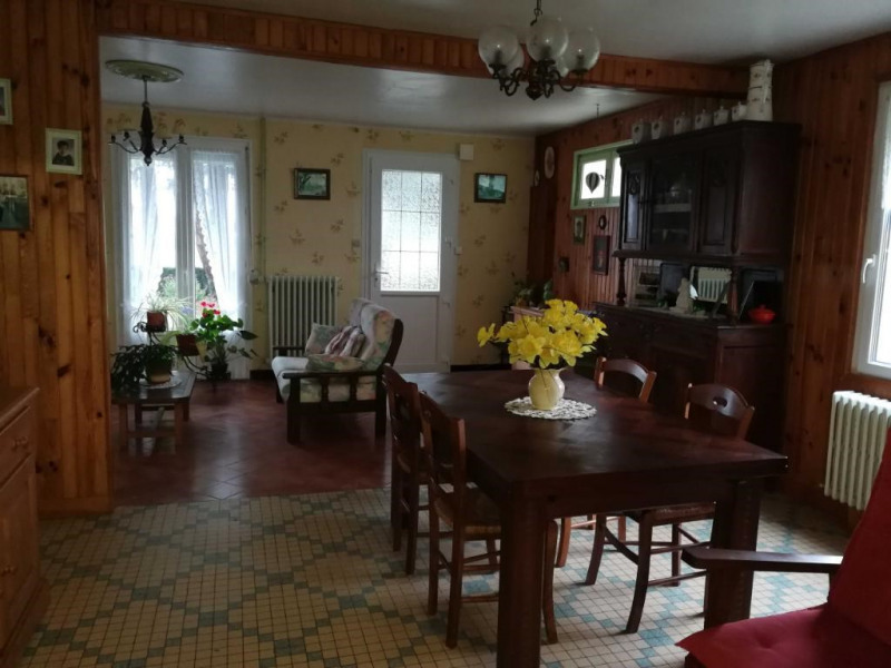 Sale house / villa Bourbriac 111 800€ - Picture 2