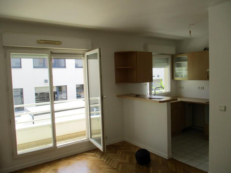 Rental apartment La garenne colombes 990€ CC - Picture 6