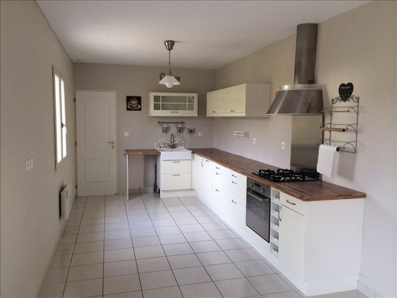 Location maison / villa Areines 762€ CC - Photo 3