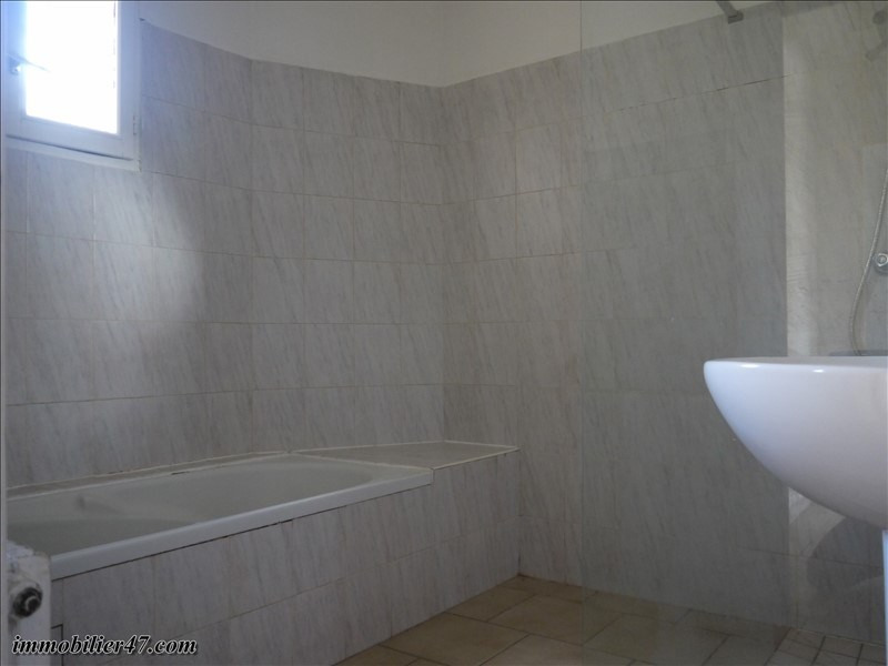 Vente maison / villa Tombeboeuf 69900€ - Photo 14