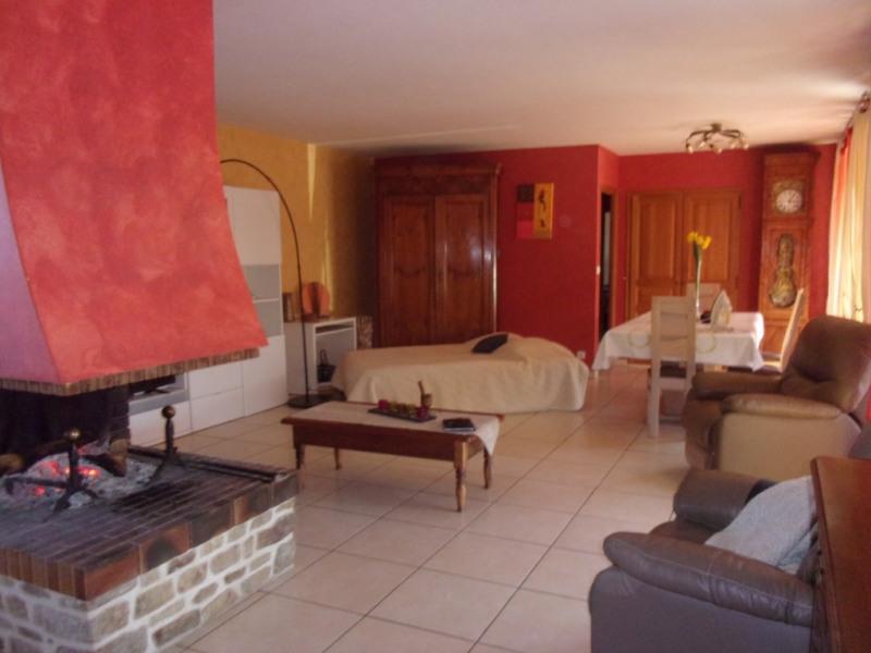 Vente maison / villa Combourg 246100€ - Photo 3